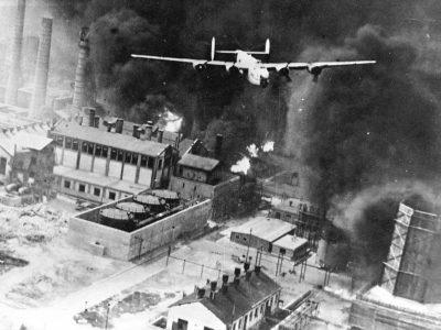 americanii bombardeaza orasul Ploiesti