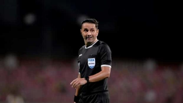 """Fotbal: Sebastian Colţescu a fost suspendat de UEFA pentru """"comportament inadecvat"""", dar nu pentru rasism. Octavian Şovre a primit un avertisment"""
