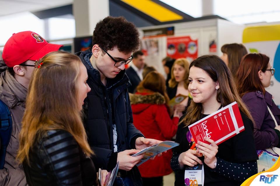 The Romanian International University Fair | 60 de universități își vor prezenta oferta educațională online, pe 8 aprilie