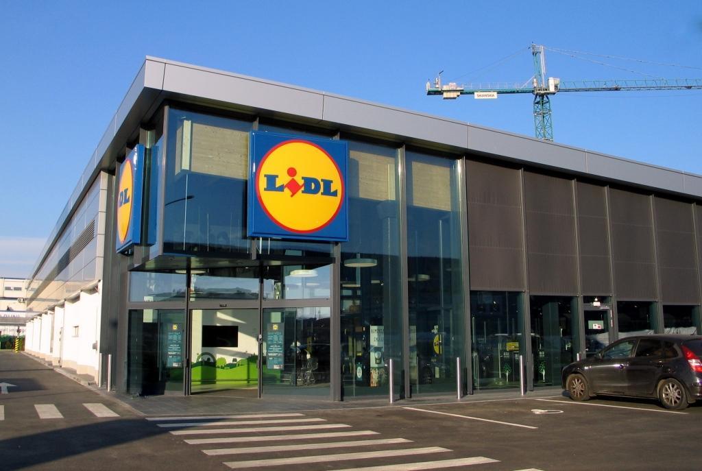 Ce program au magazinele Lidl în zilele de Rusalii. Orarul complet pentru 20 și 21 iunie